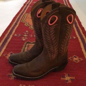 Ariat 6.5 cowgirl boot brown worn twice